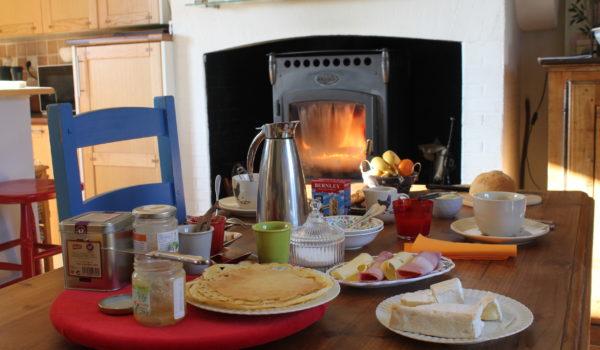 Petit-déjeûner gourmand-La Maison Launay, table d'hôte au coeur de la Normandie